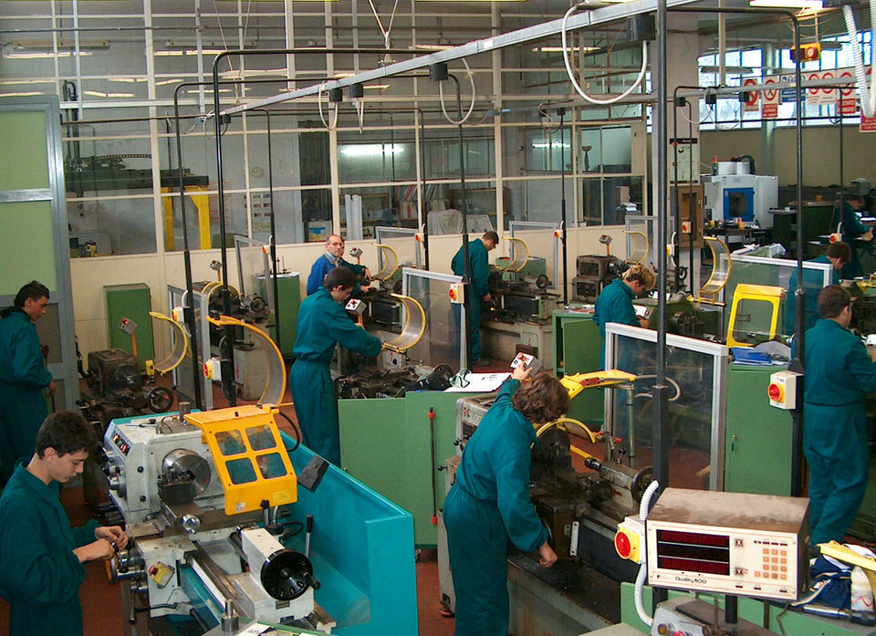 Area Meccanica Corsi Formazione Professionale Villaggio del Ragazzo 01