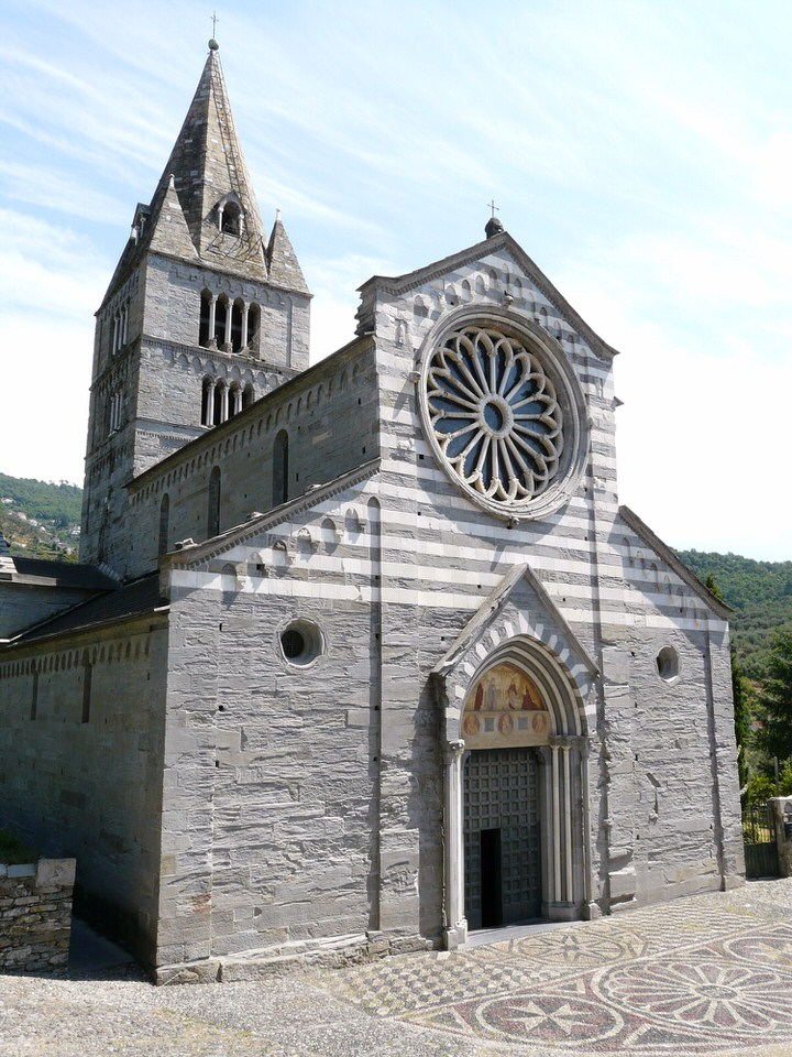 Basilica dei Fieschi San Salvatore Cogorno