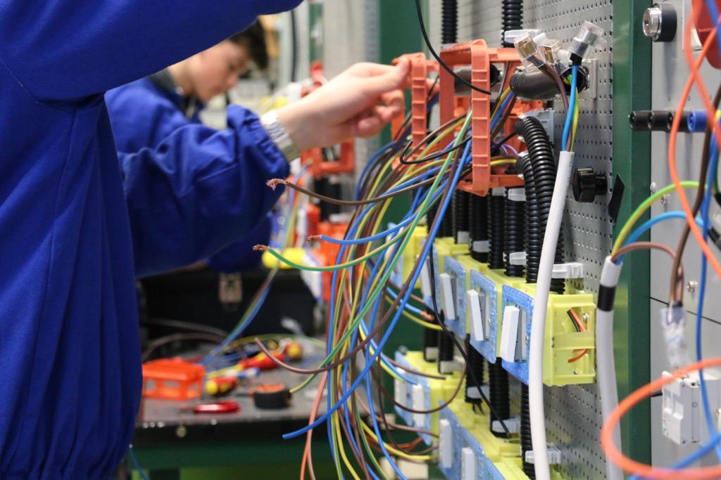 Formazione Professionale Area Elettrica 05