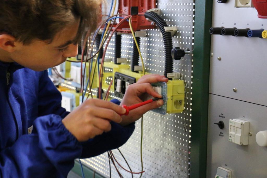 Formazione Professionale Area Elettrica 07