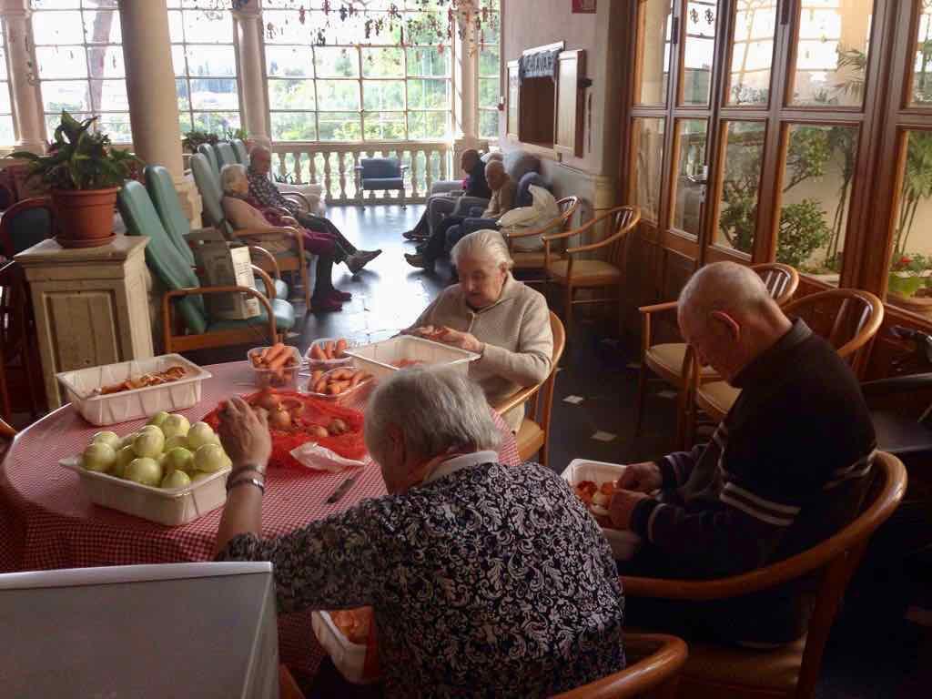 Centro Diurno Anziani - Attività di cucina 08