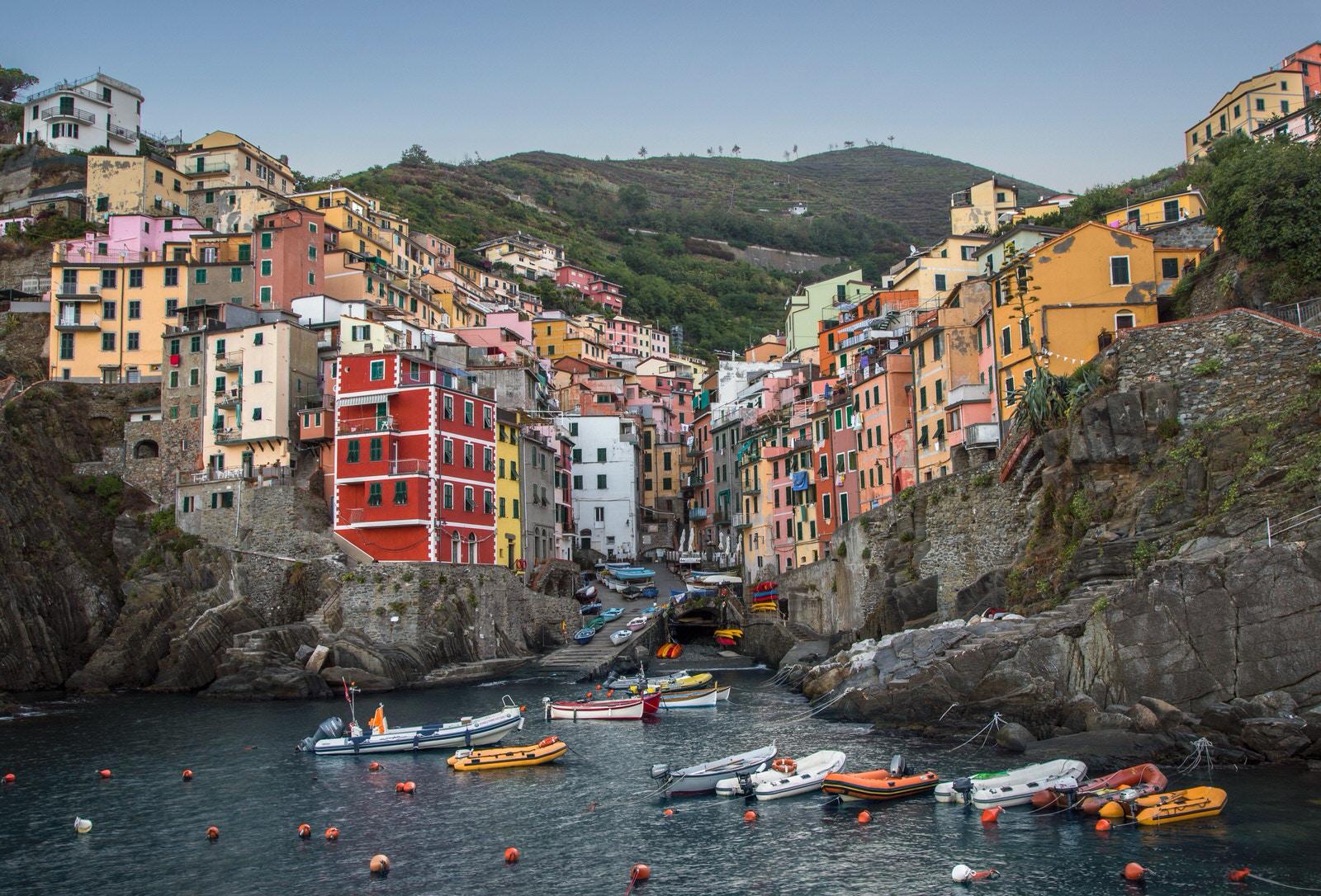 Riomaggiore - Cinque Terre (foto di Raul Taciu)