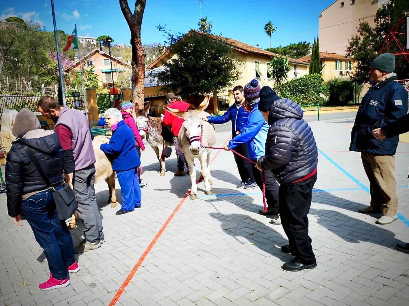 L'Area della Disabilità del Centro Acquarone all'iniziativa L'asino accogliente... per bambini piccini e altra gente di Santa Margherita Ligure - 5