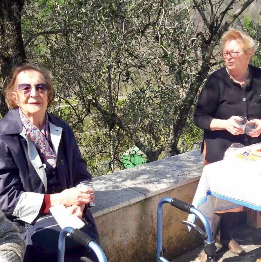 Centro Diurno Anziani - Visita sepolcro Pontori 2019.04.18 - 1