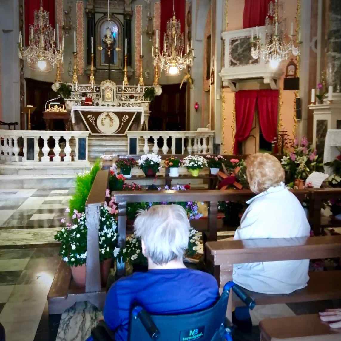 Centro Diurno Anziani - Visita sepolcro Pontori 2019.04.18 - 7