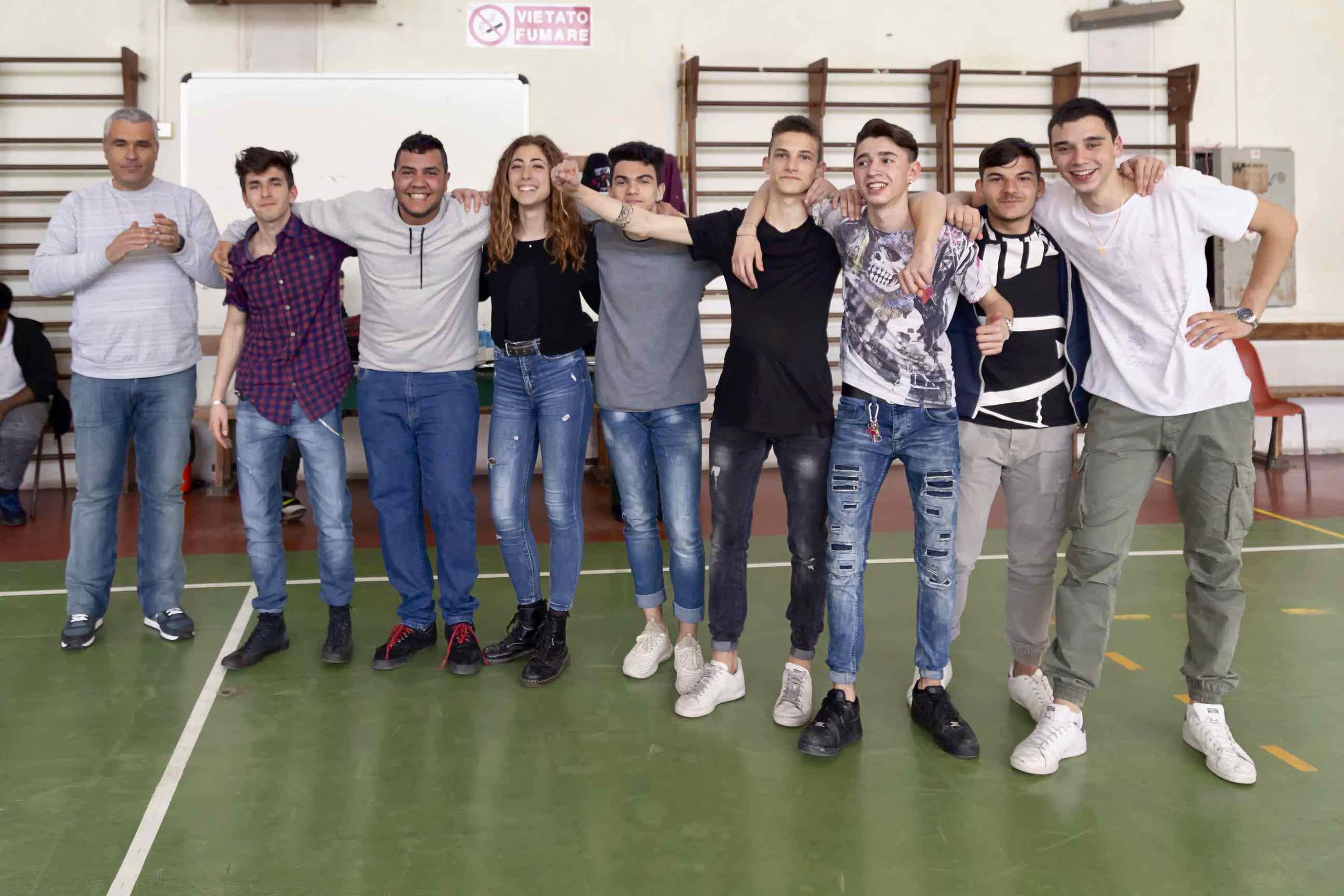 La squadra della 3ª Corso Operatore Elettrico vince il Torneo Dodgeball al Centro San Salvatore in favore del  progetto Lucma
