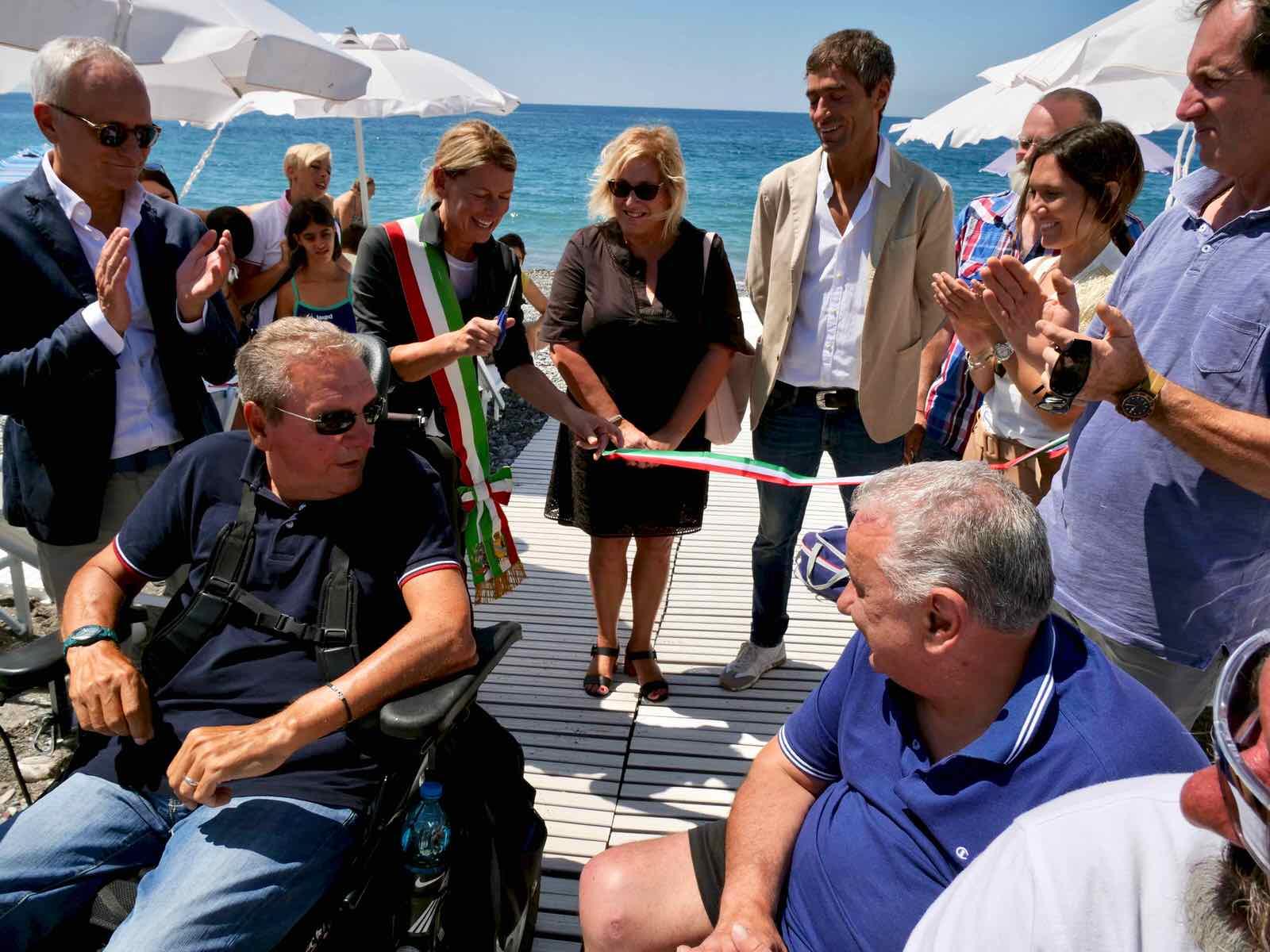Inaugurazione spiaggia attrezzata di Lavagna per persone disabili 2019.07.16 - 6