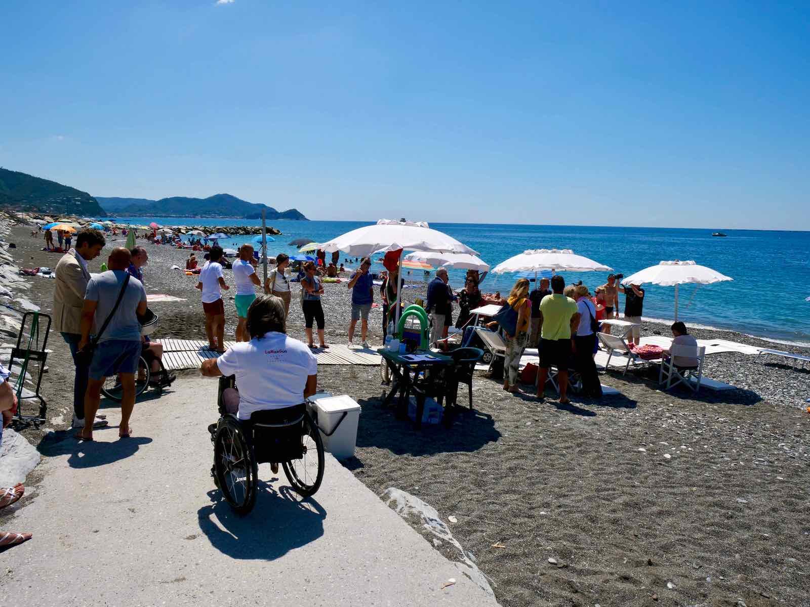 Inaugurazione spiaggia attrezzata di Lavagna per persone disabili 2019.07.16 - 8
