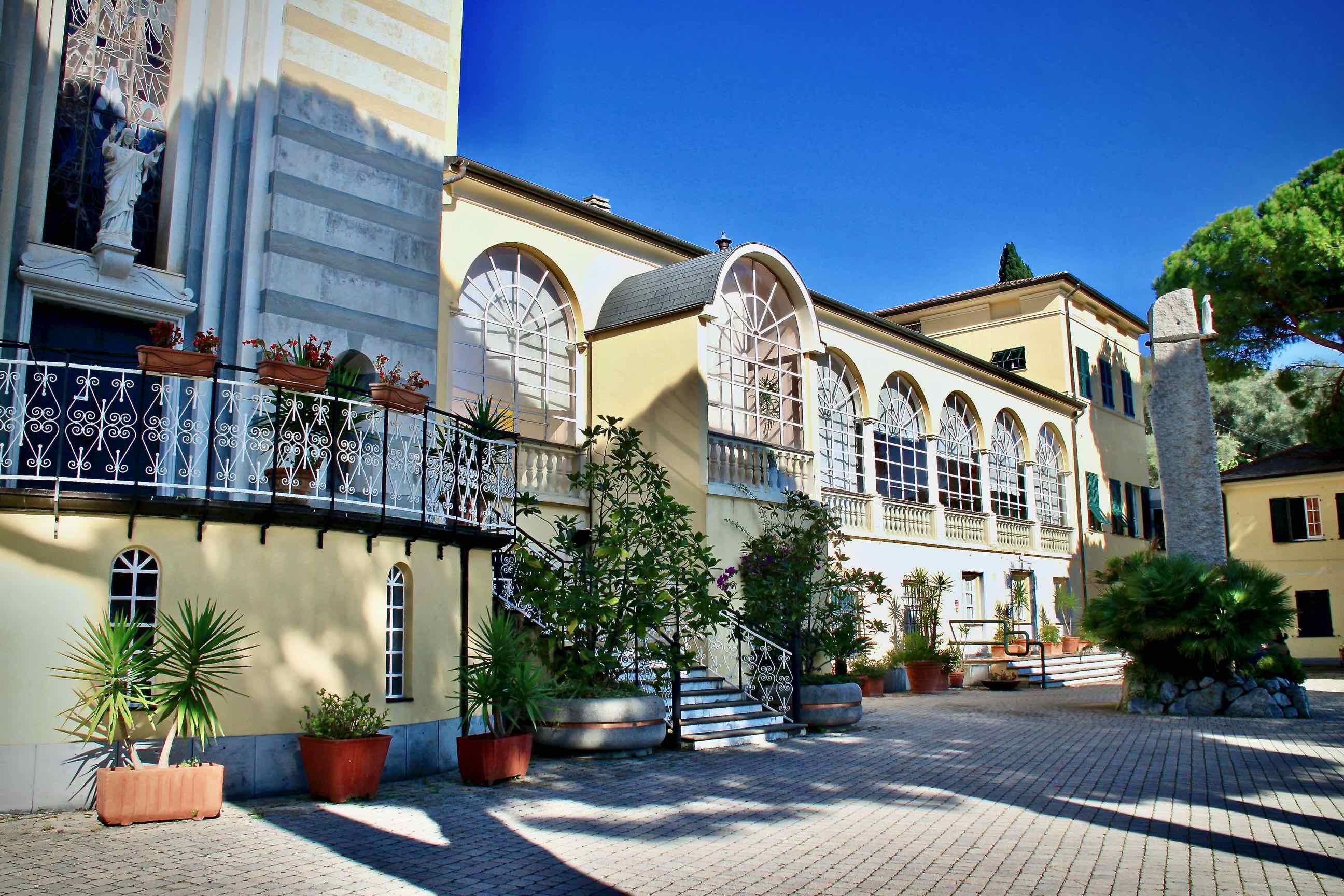 Centro Benedetto Acquarone - Villaggio del Ragazzo - Facciata prospettiva sala convegni